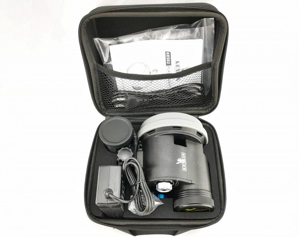 Kraken Sport S02 underwater comes with one 14.8V 50.32Wh Li-ion battery and charger, both one 1-inch ball mount and a YS mount, knob extensions and manual all in its own Kraken Sport zippered carrying case.